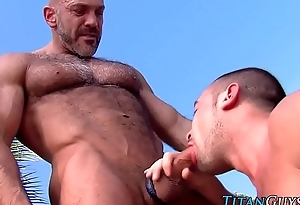 Muscly put up with swell up big cock