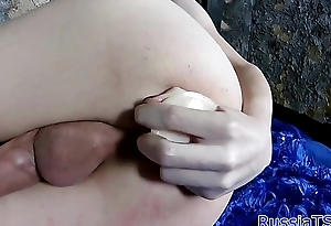 Amateur russian shemale wadding her ass