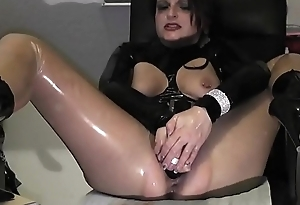 Horniest Milf Ever Makes mortal physically Squirt