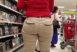 Candid - Thick Brunette Worker at along to Mall