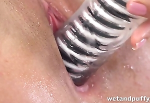 Spanish sex toy addict cums hard with her hitachi wand