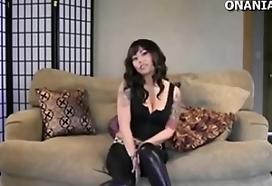 Looks like you want to get me a show (BDSM webcam video)