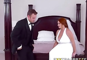 Wife Lennox Luxe in Dirty Bride