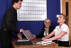 Dom CFNM hotties sucking and tugging in office