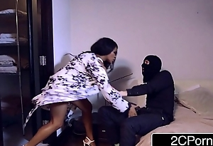 Restless British Ebony Nympho Kiki Minaj Pain in the neck Screwed by a House Cat burglar