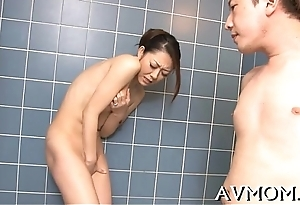 Sexy milf devours wide-ranging cock