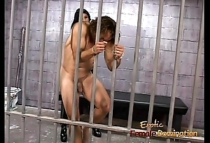 Hot raven-haired female-dominant Leah Wilde sits on a hung dude&rsquo_s face
