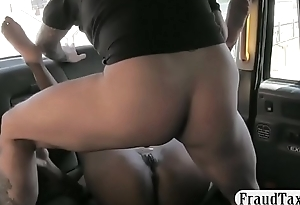 GotPorn-hot-amateur-ebony-fucked-in-the-backseat-of-the-cab-for-free