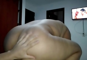Busty and Voluptuous Mature Lay Fuck  (Homemade)