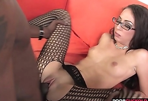 Horny HotWife Veronica Jett Gets Fucked By 2 BBCs In Front Of Her CucHer Cuckold